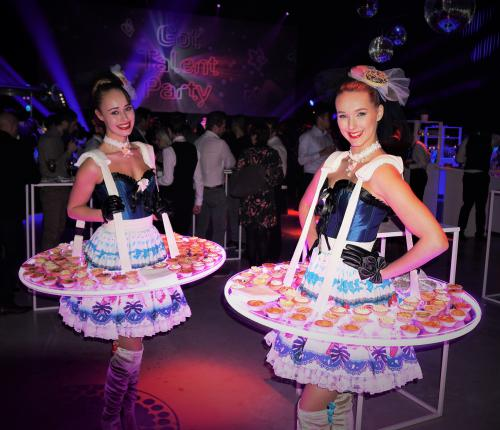 Candy Girls met mobiel LED display, Sweet Girl, Ijsjesdame, Donut Lady, Cupcake Girl, Candygirl, Chocolate Girl, Zoete Promotiedames, Snoepjes Dame, Hostess, Thema Dames, Candy Entertainment, Cupcake And Donuts.