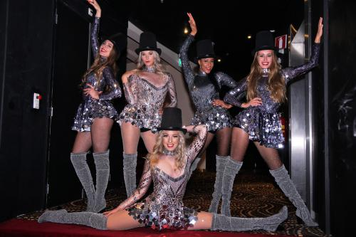 Mirror Girls, Dinnershow, Magic Night, Event Entertainment, Casino Entertainment, Casino Girls, Las Vegas, Freestyle Dance Act, Silver Girls