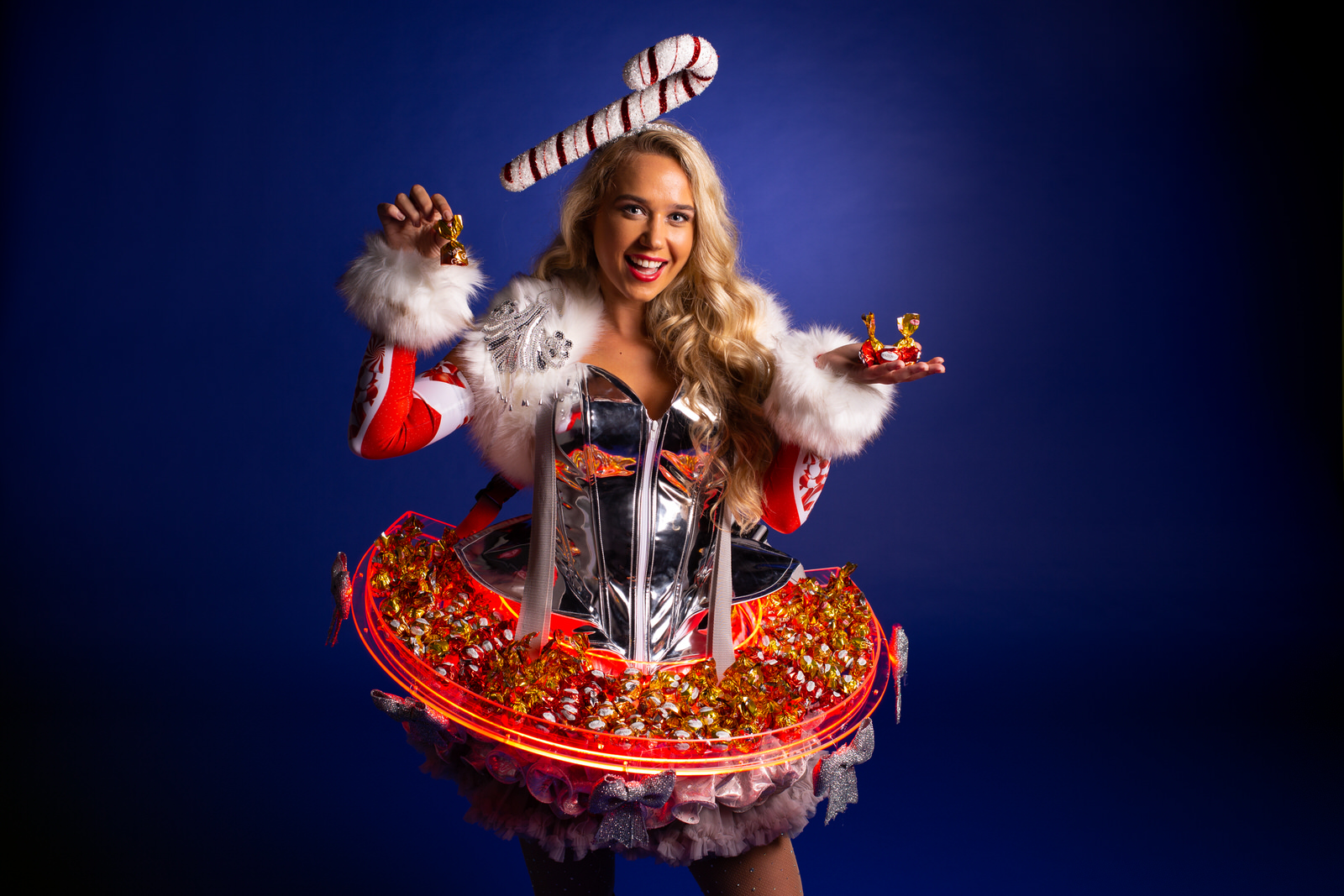 Candy Girl, Winterse Candy dame, Candy Girls, Gasten ontvangt, Food entertainment, Catering act, Chocolate Girls, Chocolade dames, Cadeau'tje, kado dame, complimenten dame, Kerst entertainment, Winter wonderland, event show, event entertainment,  unieke a