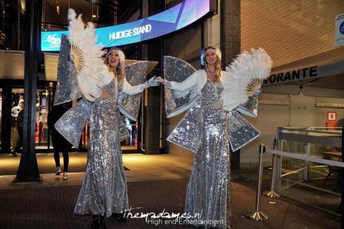 Steltenact, Stelten lopers zilver, Great Gatsby Show night, Eventshow casino, Complimenten dames