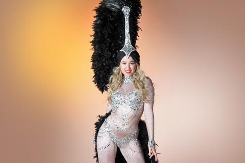 Zilver kostuum, thema kostuum, freestyle danser, Showgirl, thema event, thema entertainment, mobiel entertainment