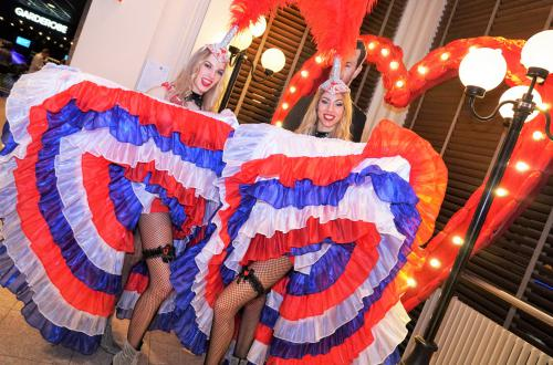 Can Can danseressen, moulin rouge, Parijs dans entertainment huren, show danseressen boeken, Burlesque show, dinnershow, entertainment Heroes