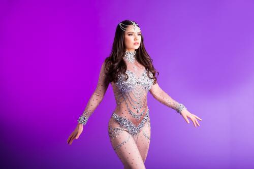 Diamant Girl, Glamoureuze danseres, 1001 nacht thema, Arabian Nights, Thema event promotie, Hostess, Silver, Themadame, Entertainment