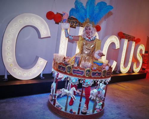 Welkomst act, Circus Party, Thema event, Ontvangst act, Candy girl, Luxe gastenontvangt, event entertainment, Circus act, Circus thema, Thema feest
