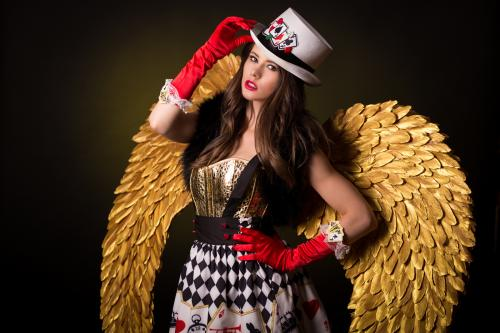 Gold Girl, Gold Angel, Gold Theme, gouden promotiedame, Gouden Engel, Goochelaar, Magician, Kaartenspel, Casino Angel, Lucky Angel.