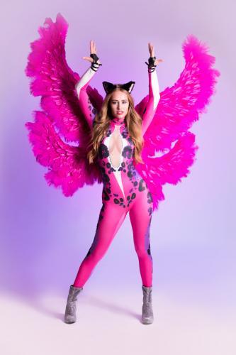 Kattenvrouw, Cats, Danseressen, Gogo Danseres, Openingsact, Kitty Cat, Katten Engel, Themadames, Entertainment, Club Dancing, Pink Angel.