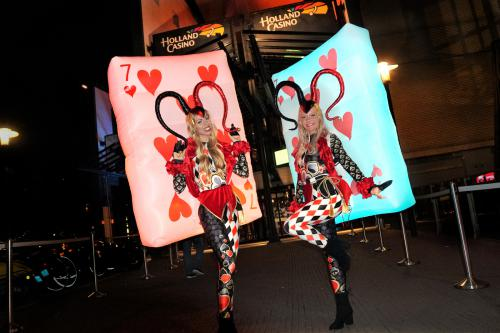 Circus kostuum, thema kostuum, event entertainment, joker kostuum, kaartenspel, casino event, angel, thema event, circus event, circus theme, circus