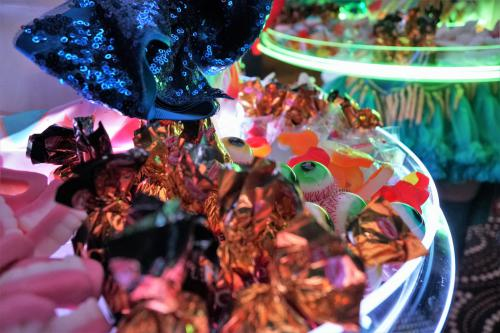 halloween, candygirl, sweet, theater, spreekstalmeester, curtains, rollergirl, balloon buffet
