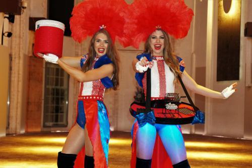 Bingo Dame, Spelletjes Promotie, Games, Casino, Interactieve Hostess, Themadames, Casino Entertainment, Casino Girls, Las Vegas girls, American thema event, USA night, Showgirls.