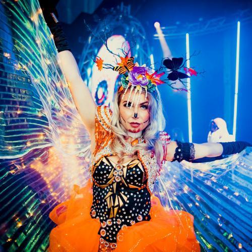 Dansers inhuren, freestyle danseressen, Halloween, event, feest, dansshow, stage danseres, entertainment act