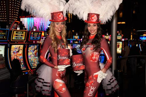 Diceball event bij Holland Casino, Roll the Dice, Casino dame, Las Vegas Girls, Showgirl, Dobbelstenen