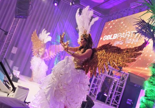 Gold Girl, Sylvester, Gold style, Gouden danseressen, Gouden engelen, Gold Angel, Geluksengel, Ibiza stijl, Summer style