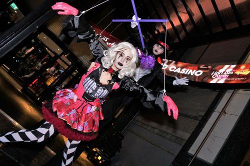 Halloween, steltenloper, stelten act, entertainment, halloween entertainment, halloween kustuum, thema feest