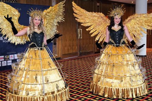 Champagne dames, Klassieke champagne jurken, gold, Welkomst act, Opening show, event entertainment, champagne meisjes, bal, sylvester, hostess
