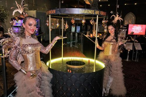 Diamond spel, James Bond, 007, Casino, Diamanten, Jubileum, Event entertainment, Spellen entertainment, mobiel, gold party