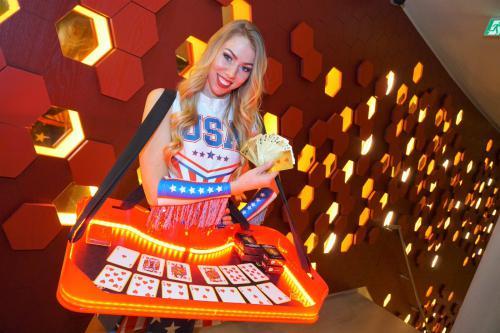 Mobiel spel entertainment, spelletjes avond, USA, Las Vegas, Casino, mobiel entertainment, kaartspel, blackjack
