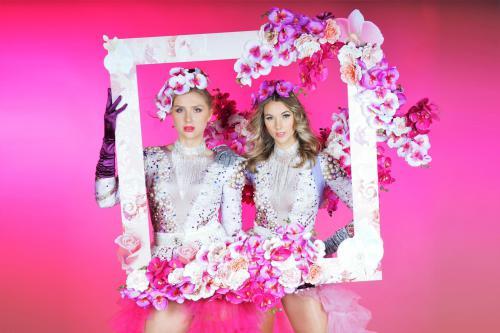Flower Girls met foto act, event fotografie, fotobooth, mobiel entertainment, Lente dames, Bloemendames, Flower Girls, Lente event, Zomer event