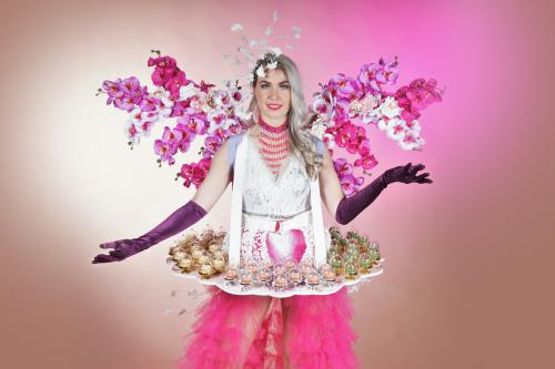 Macaron dame, Food&Beverage, Catering, Event food entertainment, Franse hostess boeken, Candy dames inhuren